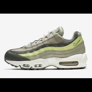 Nike Shoes - NEW Nike Air Max 95 Women's Luminous Green